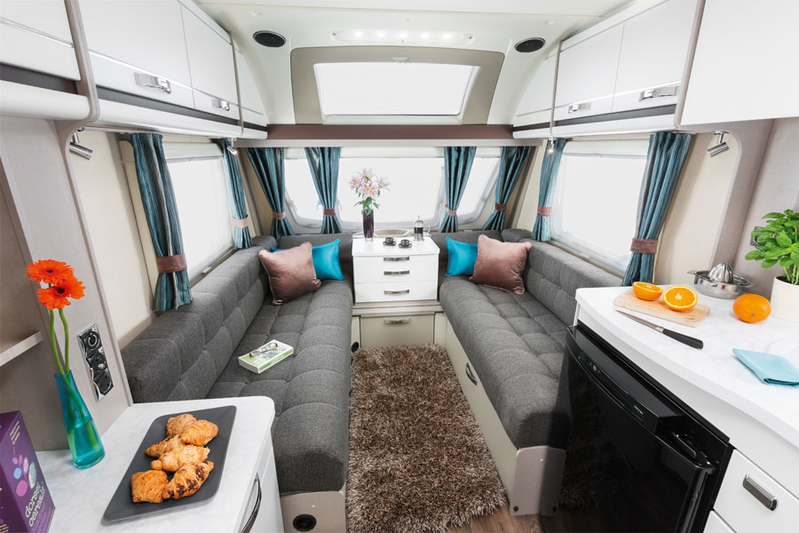 Sterling Eccles-Sport-442-Front-lounge-[SWIFT]