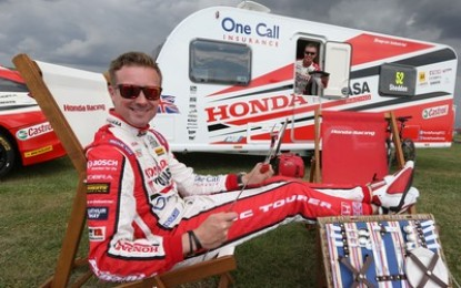 Bailey Pursuit 550-4 caravan goes BTCC racing!