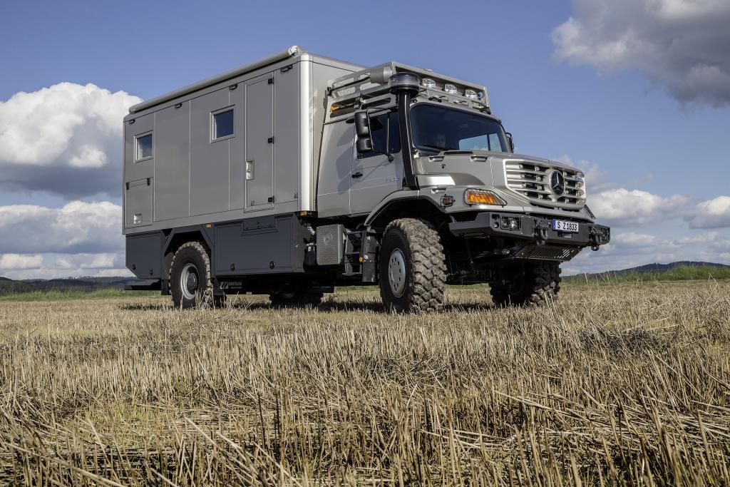 Mercedes-Benz Zetros as a top-class mobile home