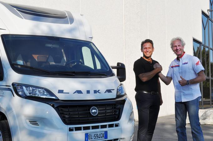 Laika & Honda Racing Corporation together at Dakar 2015