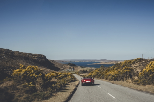 'Prancing Horse' brand features 'Wild Atlantic Way' & Northern Ireland's coastal route on its 'Rediscovering our roads'campaign
