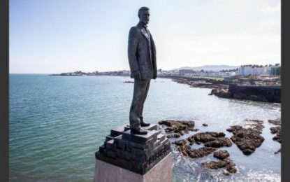 Installation of Roger Casement Statue at Dún Laoghaire Baths